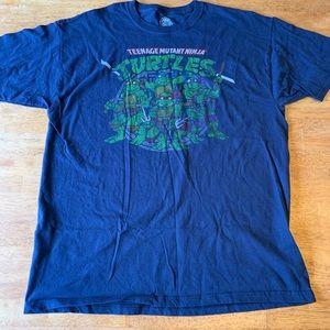 Teenage mutant ninja turtles shirt size L